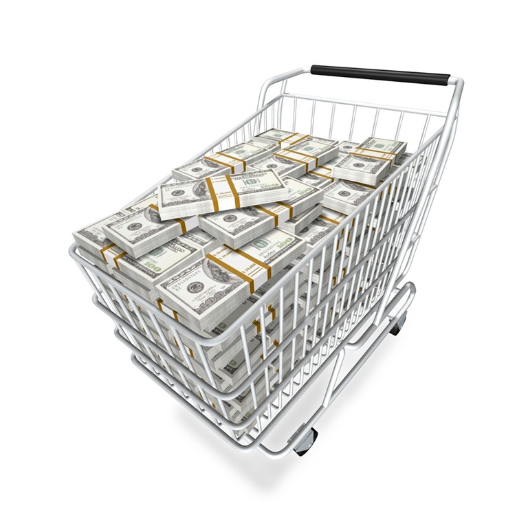 How to Use Grocery Sales Cycles to Save Money on Food Storage