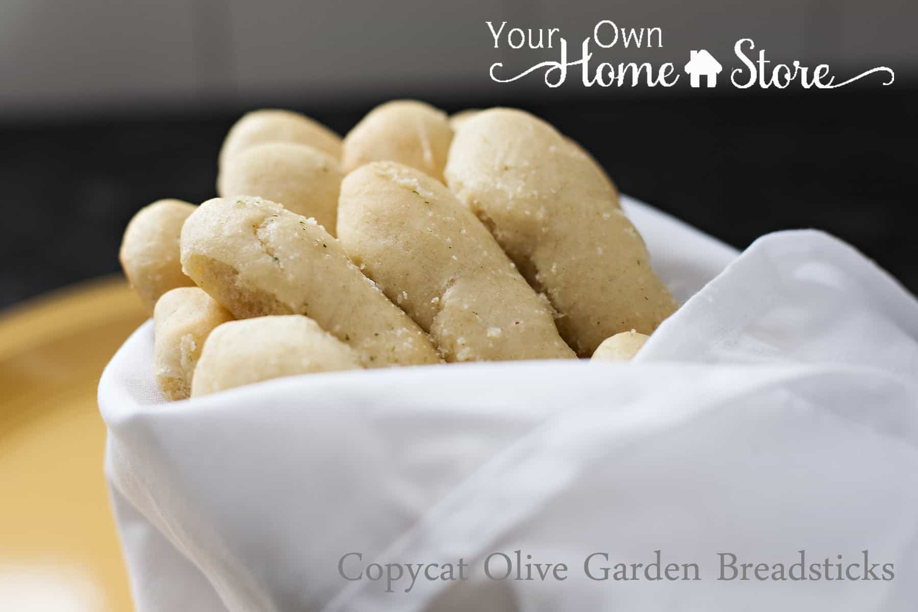 Copycat Recipe: Olive Garden Breadsticks