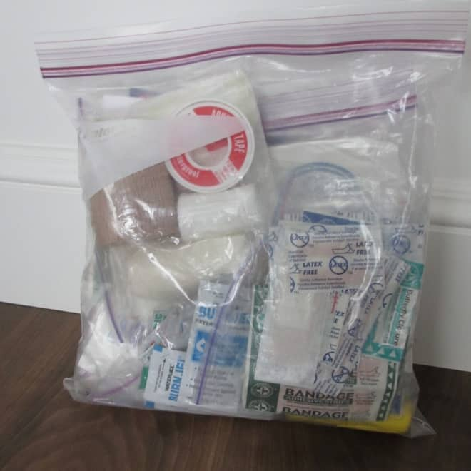First Aid Kit Checklist and storage ideas. Mom and RN approved