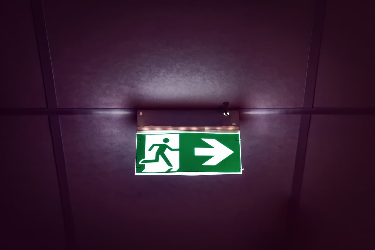 overhead emergency exit sign